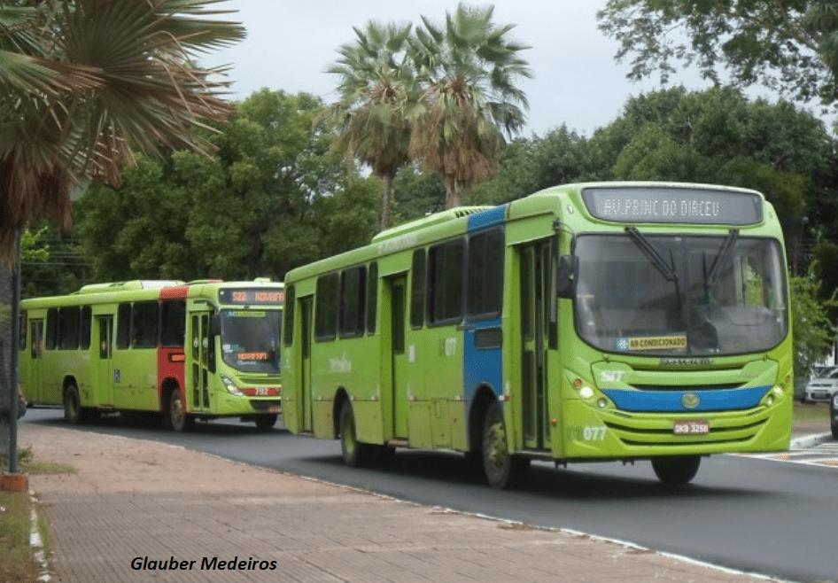 Greve dos ônibus em Teresina com fechamento da avenida frei serafim